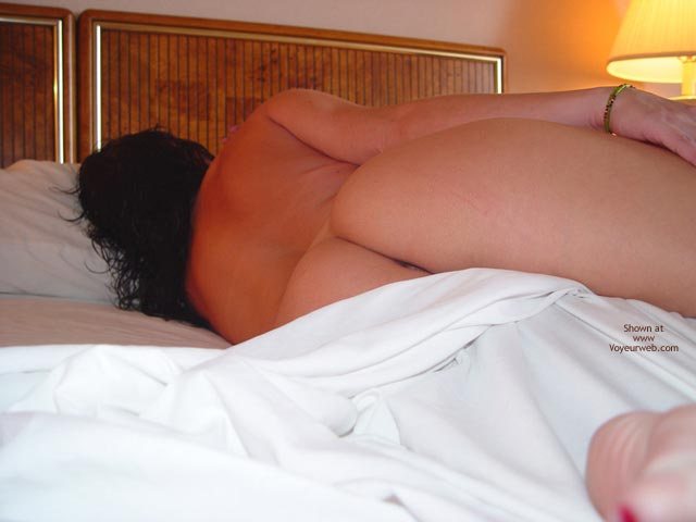 Pic #6 - Cherokee Between The Sheets