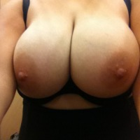 Very large tits of a neighbor - Lisa
