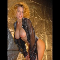 Lindsey'S This And That - Erotic Pose, Large Breasts