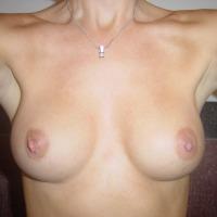Medium tits of my wife - Star