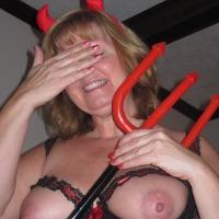Medium tits of my wife - Kaye