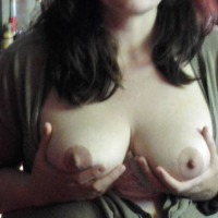 My medium tits - MilfRN