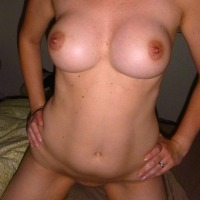 Medium tits of my wife - HtWifey