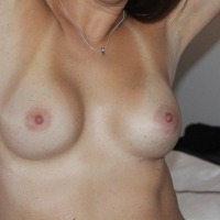 Medium tits of my wife - yaz