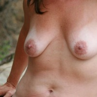 My medium tits - Laura