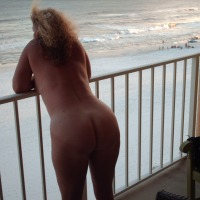 My wife's ass - debbie down south
