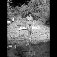 Rosy At The River Ii – Italy 1983 (B/W)