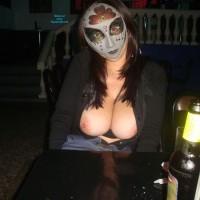 Noche de Locuras - Big Tits, Exposed In Public, Nude In Public