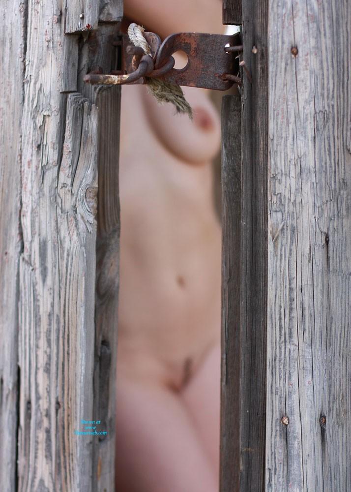 Pic #4 - Nicole - Big Tits, Lingerie