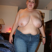 Very large tits of a neighbor - Hope