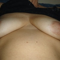 Very small tits of my wife - molgie