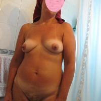 Medium tits of my wife - Dulce