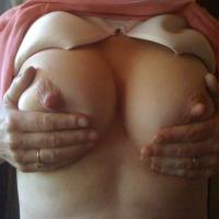 Medium tits of my wife - CCX