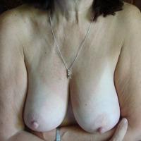 Medium tits of my wife - WW