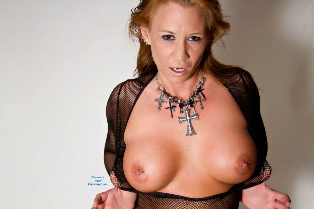 Pic #1 - Sexy in My Fishnet Bodysuit ! - Big Tits, Sexy Lingerie , Sexy In Fishnet Body Suit !