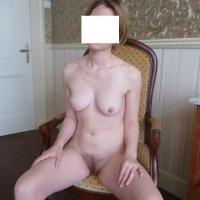 Medium tits of my wife - Janis