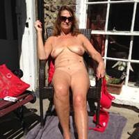 Debbie - Big Tits