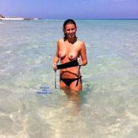 Showing Off Girl - Beach, Brunette