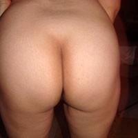 Nice Legs - Wife/Wives