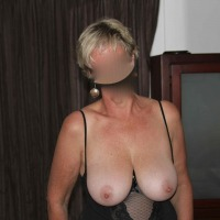 Large tits of my wife - Carrie