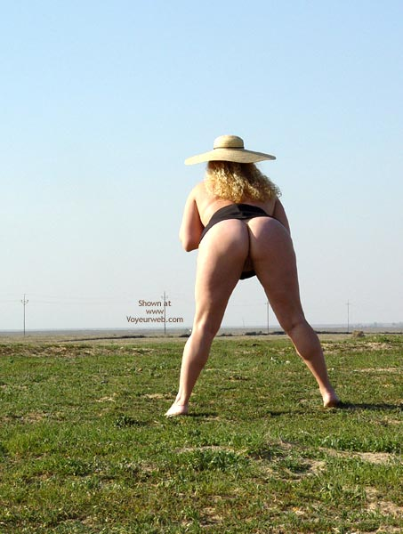 Pic #3 - Curvy Kay : Highway 33 2