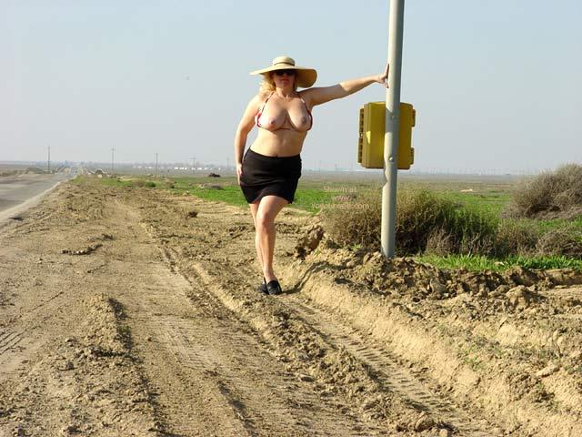 Pic #5 - Curvy Kay : Highway 33 2