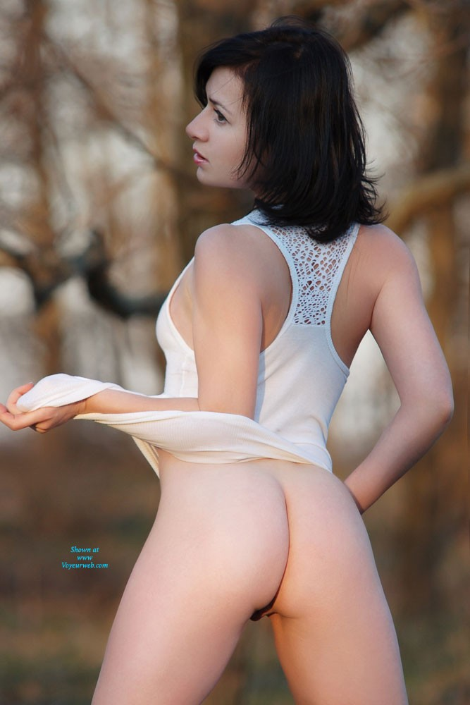 Pic #5 Sexy Veronik - Big Tits, Brunette, European And/or Ethnic, High Heels Amateurs, Nature, Outdoors, Shaved