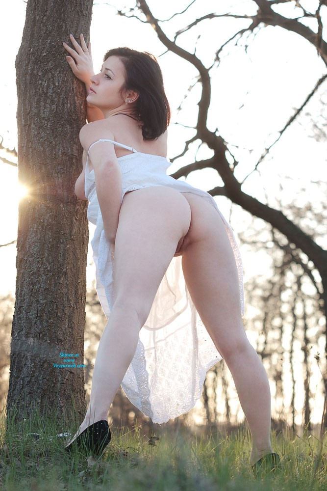 Pic #6 - Sexy Veronik - Big Tits, Brunette, European And/or Ethnic, High Heels Amateurs, Nature, Outdoors, Shaved