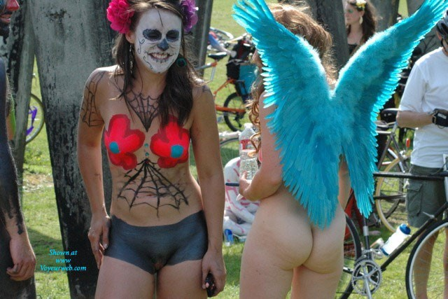 Pic #1 - Fremont Fair 1 , Seattle At Its Best. Post Naked Bike Ride Folks Hanging Out In Gasworks Park. Lots Of Body Paint. Not For Everyone, But My Wife And I Enjoyed It. She Even Took Most Of The Picts!