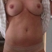 My medium tits - Nikkitits