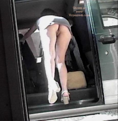 Pic #6 - Texas GF short skirt Part 2