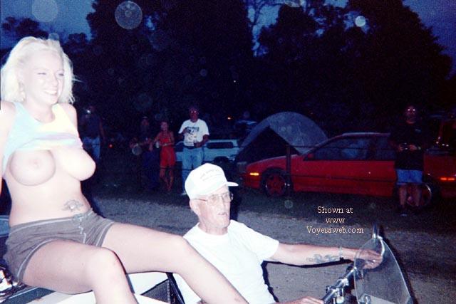 Pic #7 - Sturgis 2000