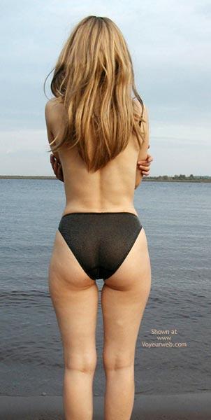 Pic #6 - Striptease On A Coast 2