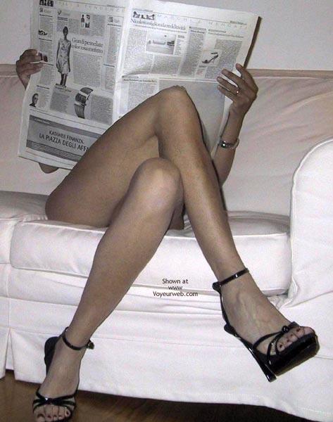 Pic #3 - Mia Moglie Elisa Read The Paper