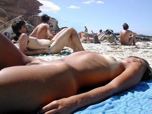 Pic #8 - Sexy Lucy Naked On The Beach