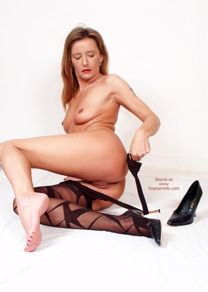 Pic #7 - Susy Rocks Striptease For The Pantyhoselovers