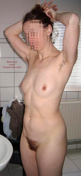 Pic #4 - Margot Unshaved