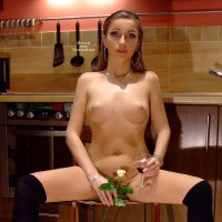 Ennie: totaly nude in the kitchen
