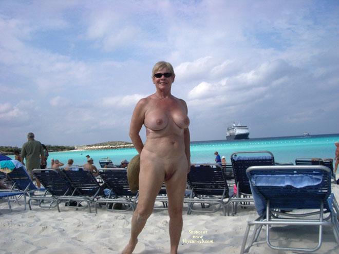Cruise ship nude photos