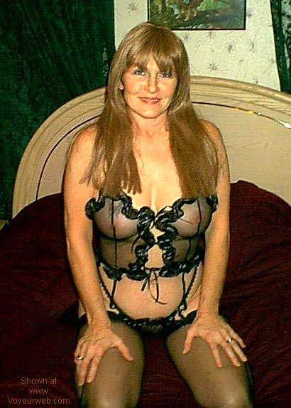 Pic #7 - Southern Wife Inside