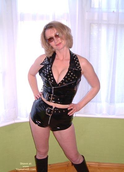 Pic #1 - Uk Cheekys Hotpants2