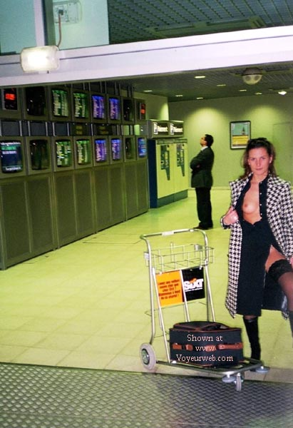 Pic #1 - In The Airport