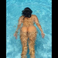 Nude Girl Swimming In Pool Butt Floating - Round Ass, Naked Girl, Nude Amateur