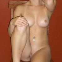 Medium tits of my girlfriend - Taylor