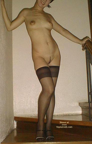 Pic #1 - Asian Dyna Nylons And Heels 1