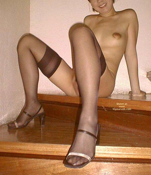 Pic #5 - Asian Dyna Nylons And Heels 1