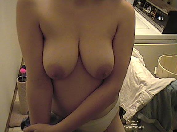 Pic #7 - Wife Doing Laundry Topless