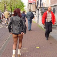 Pantyhosed Ass In The Street - Nude In Public