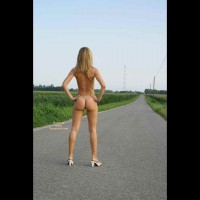 Naked On The Road - Blonde Hair, Long Hair, Long Legs, Round Ass, Naked Girl, Nude Amateur