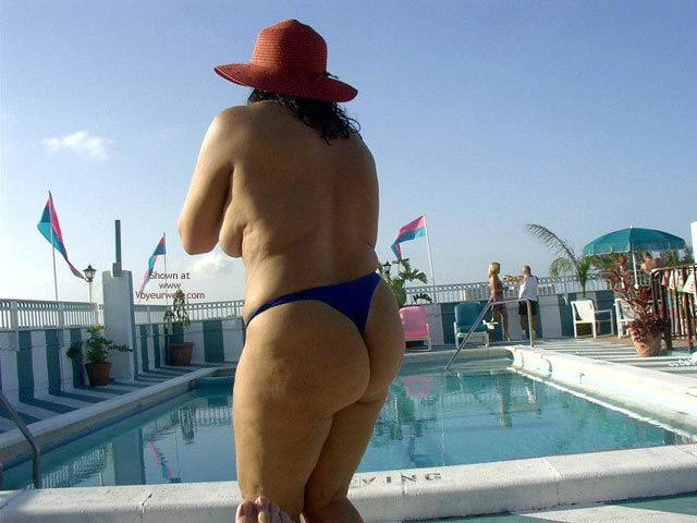 Pic #7 - Wife 48 At The Tiki Bar And Pool In South Fla